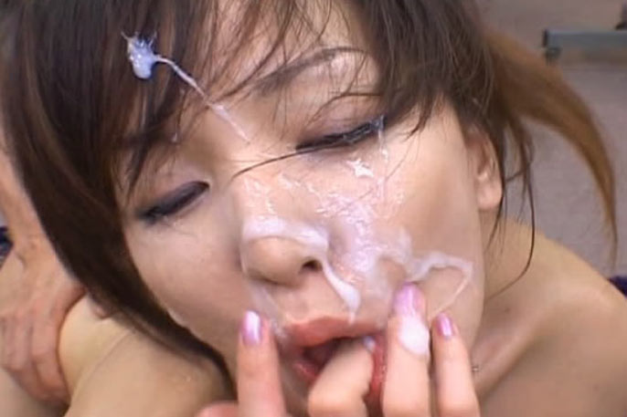 Japanese cute gets facials